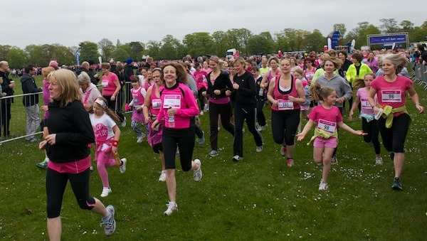 Harrogate Race for Life 2012 on the Stray (7)