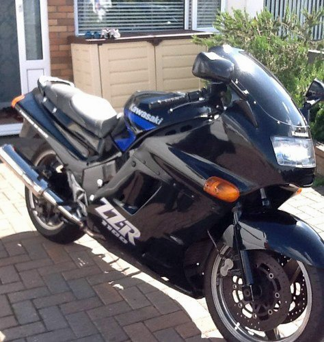 Black kawasaki motorbike stolen from the Duchy area of Harrogate