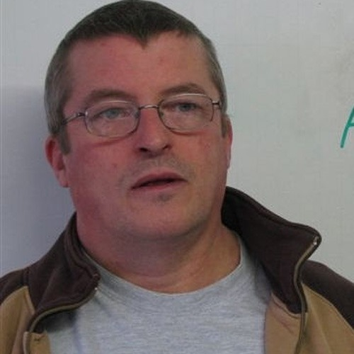 Police hunt for convicted sex offender Barry Gibson