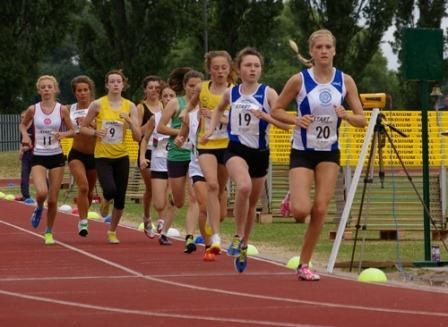 Lauren Woodhall, 3000m