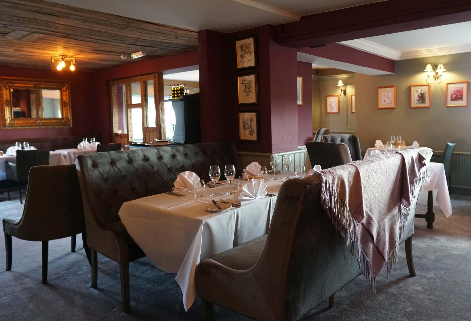 Spacious interior of Chez La Vie